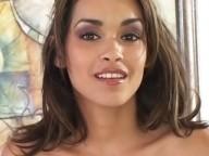 Vidéo porno mobile : Little princess loves sucking scepters!